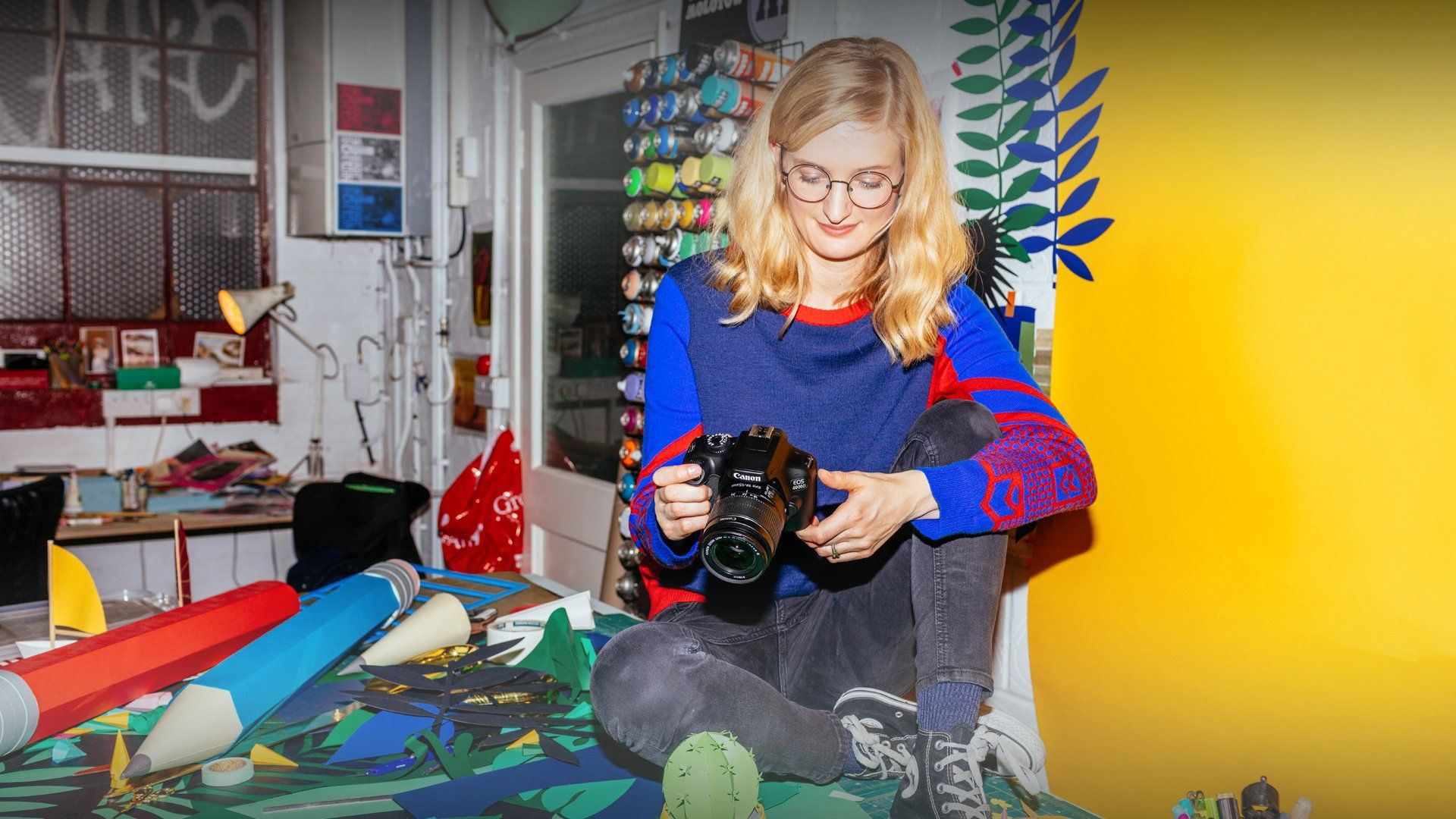 Artist Hattie Newman looks at the Canon EOS 4000D to configure some settings